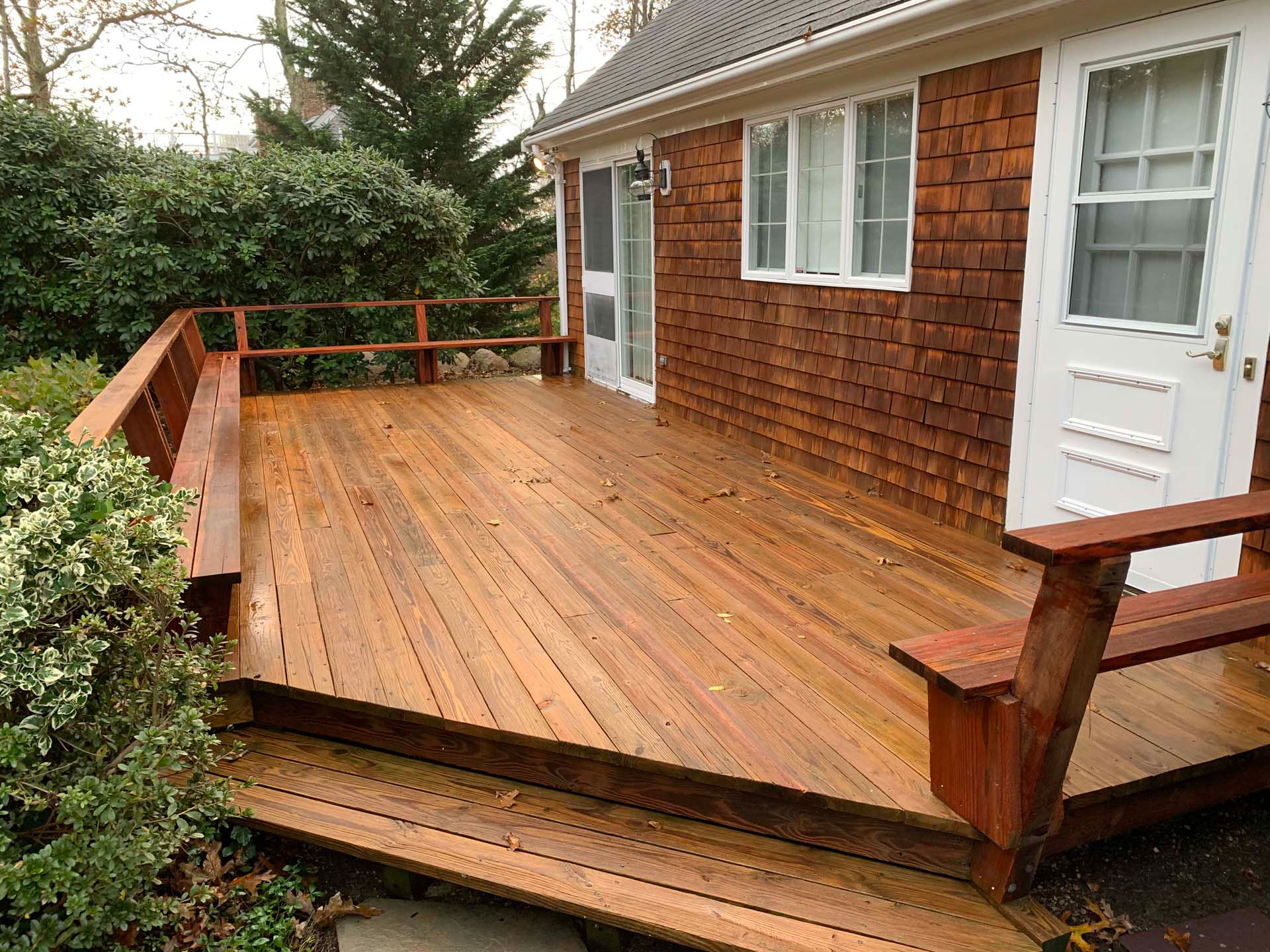old wood deck after cleaning