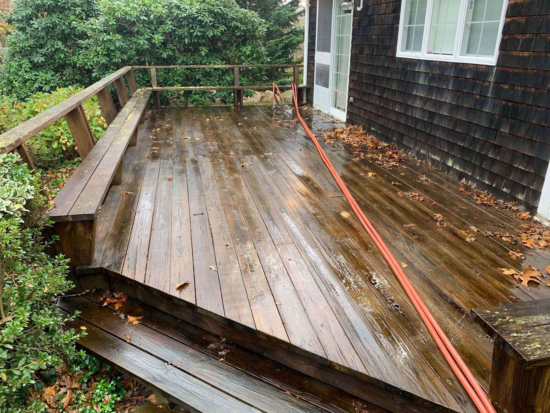 old wood deck before cleaning